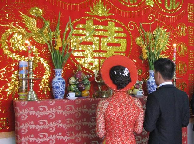Cách trang trí bàn thờ gia tiên ngày cưới đúng cách