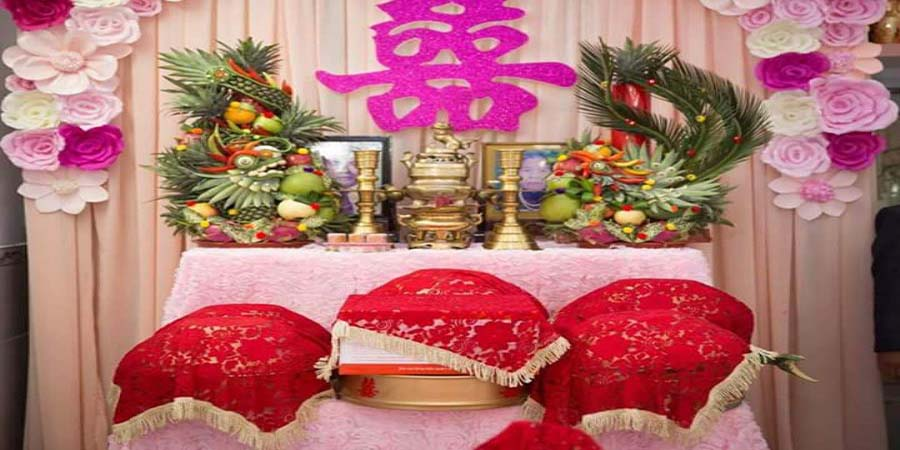 Cách trang trí bàn thờ gia tiên trong ngày cưới ở Miền Nam:
