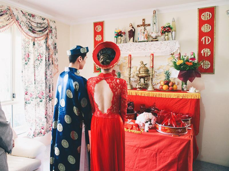 Bàn thờ gia tiên ngày ăn hỏi nét đẹp trong văn hóa của người Việt