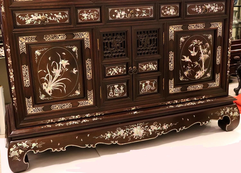 Những mẫu tủ thờ khảm ốc gắn liền với người Việt từ xưa