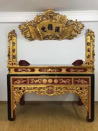 Tủ thờ sơn son thếp vàng đẹp được nhiều người ưa chuộng